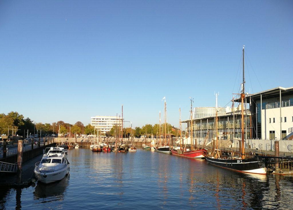 Hafenbecken Vegesack