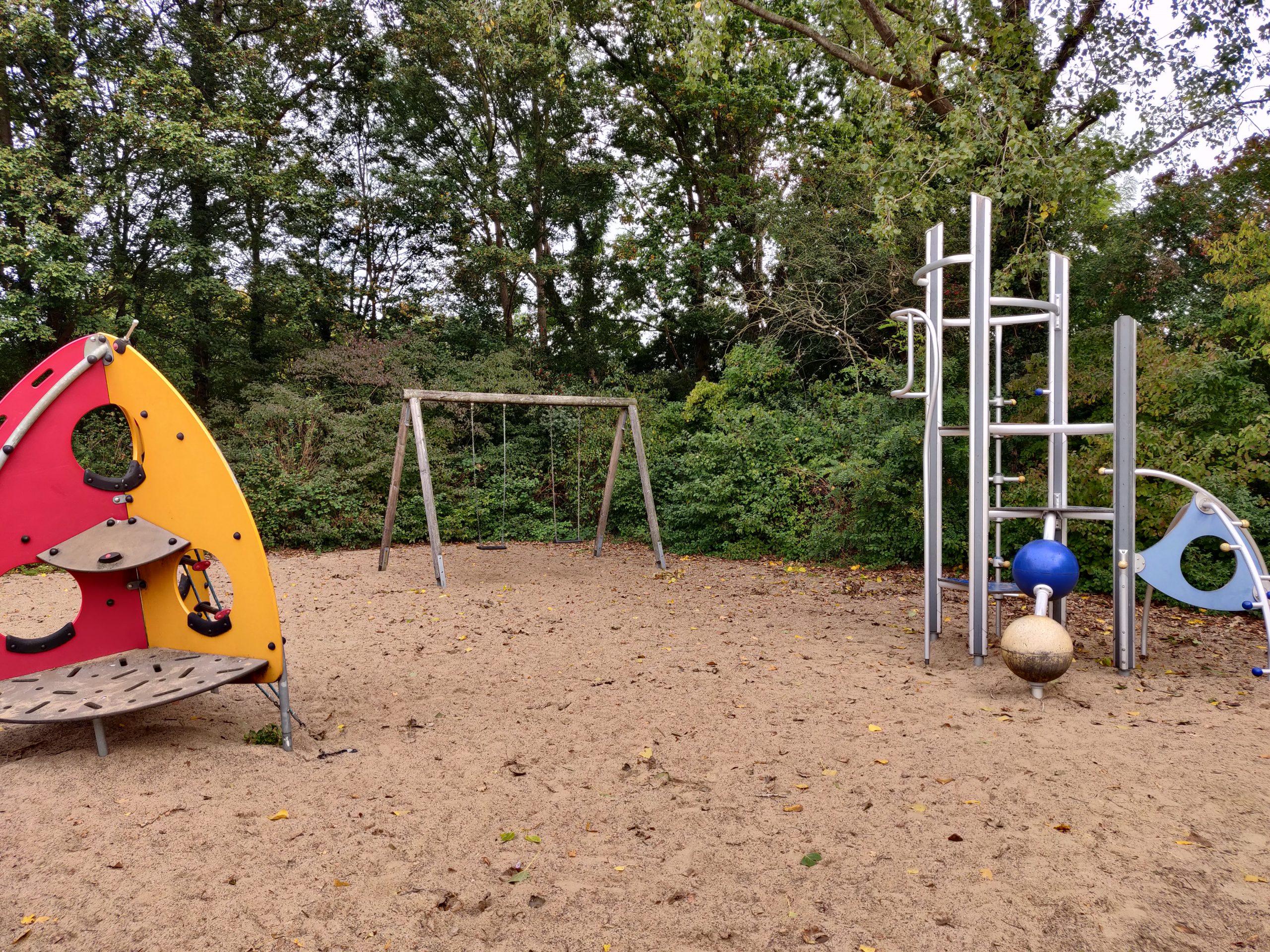 Klettergerüst Burg Spielplatz