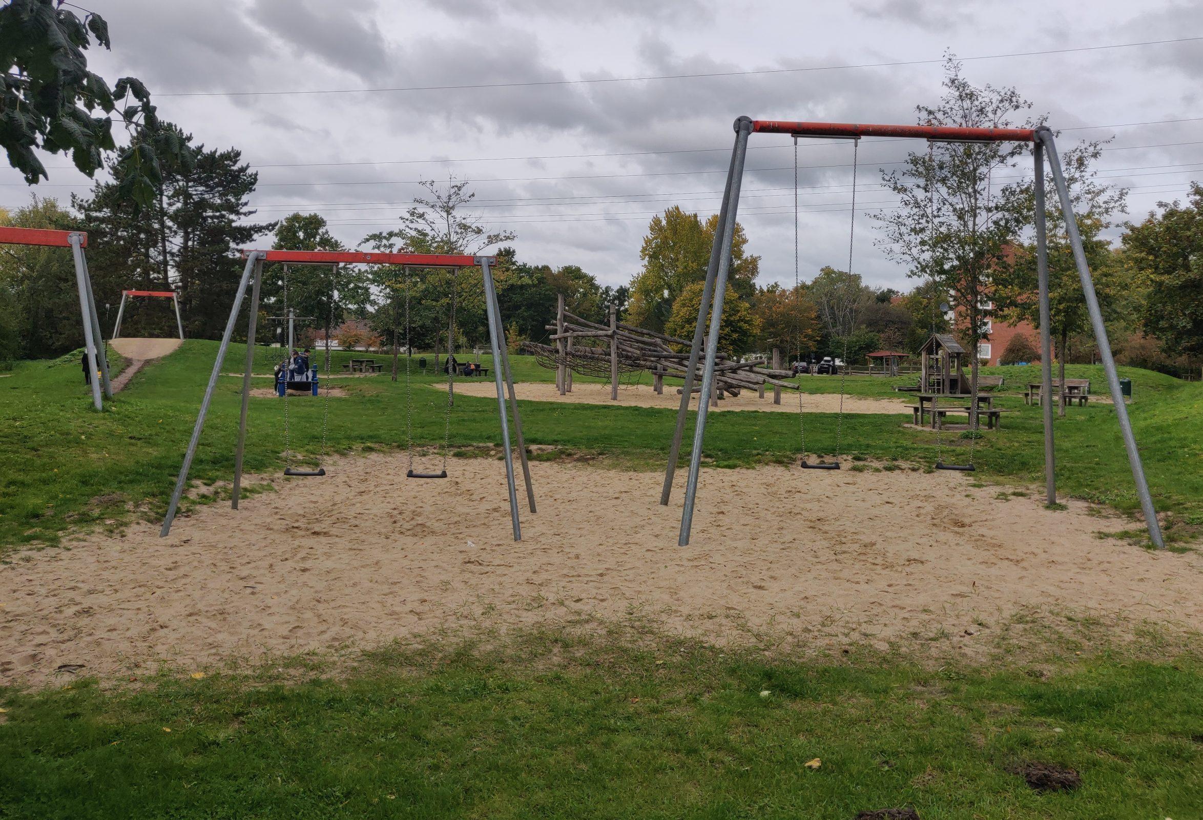 Klettergerüst Schaukel Spielplatz